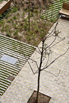 Galería - Paisaje y Arquitectura: Remodelación del Paseo de St Joan, un nuevo corredor verde urbano por Lola Domènech - 16