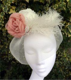 Blush Veil fascinator #hats #hatsindubai #handmadeindubai #fascinator #ladiesday #racesindubai #heavenlyheadwear