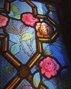 #cemeteries #chapel #rose #light #divine