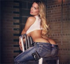 perfect tight ass in sexy jeans Jessica Kylie, Miss Rabbit, I Love Girls, Brittanya 187, Black Women, Sexy Women, Curve Jeans, Sexy Jeans, Toddler Girls