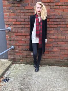 1000+ images about Outfits with red lipstick on Pinterest | Red lipsticks Red lips and Tights