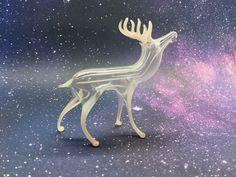 An unsilvered white Fadenglas deer Glass Ornaments, Glass Art, Deer, German, Deutsch, German Language, Jar Art, Reindeer