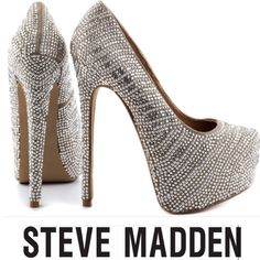 Steve Madden Dyvinal Jeweled 6 Inch Platform Heel Steve Madden Dyvinal Jeweled 6 Inch Platform Heel. Excellent condition. Platform approx 1.5 inches. Worn once to a party. Feel free to make an offer. Steve Madden Shoes Heels