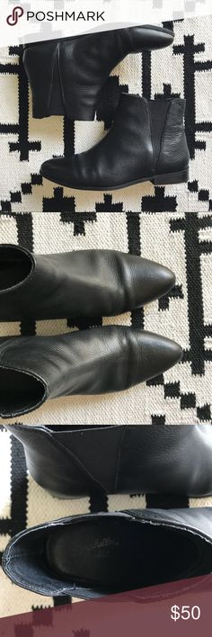 """Seychelles Leather Chelsea Boots •An almond-shaped toe defines a streamlined, wear-with-everything Chelsea boot formed from buttery-soft leather. Stacked heel, Heel height 3/4"""", Platform sole 1/4"""".  •Size 7, true to size.  •Good used condition  •No trades, no holds. PRICE IS FIRM. All offers will the automatically declined. Seychelles Shoes Ankle Boots & Booties"""