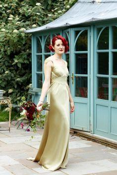 506d6e82f214 Image result for gold vintage wedding dresses Fantastiske Brudekjoler