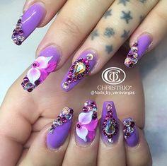 @vaneg48 #Nail  #Nails #nailsdecoration #cute #nailpolish #swrovsky #roses #nailgalon #nailglam #nailart #tumbrl #girl #girly