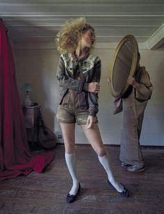 Kate Moss by Tim Walker for Vogue Italia September 2015 4