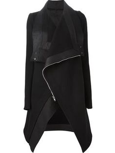 Black lambskin and virgin wool oversized biker coat from Rick Owens featuring a foldover neck, a concealed zip fastening and long sleeves. E Biker, Cool Outfits, Fashion Outfits, Runway Fashion, Oversized Coat, Mode Hijab, Dark Fashion, Autumn Winter Fashion, Ideias Fashion