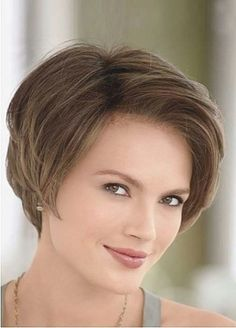 Modern Short Hairstyles For An Elegant Look Modern Short Hairstyles, Girls Short Haircuts, Haircuts For Fine Hair, Cute Hairstyles For Short Hair, Short Hair Cuts For Women, Everyday Hairstyles, Straight Hairstyles, Curly Hair Styles, Haircut For Square Face