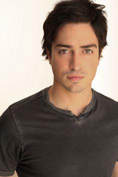 Pictures & Photos of Ben Feldman - IMDb