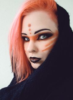 Halloween Make-up: Post-apokalyptischen und Mad Max inspirierten Stil www. Tribal Makeup, Goth Makeup, Sfx Makeup, Costume Makeup, Makeup Art, Beauty Makeup, Makeup Style, Elven Makeup, Makeup Books