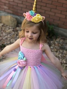 Unicorn Tutu Dress – unicorn birthday dress – unicorn horn – unicorn outfit – birthday dress – halloween costume – unicorn birthday outfit – æ¦ç¾ åç´ - Decoration Birthday Outfit, Unicorn Themed Birthday, Birthday Tutu, Birthday Dresses, Halloween Costume Unicorn, Halloween Dress, Halloween Costumes, Fairy Costumes, Diy Tutu