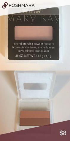 • Mineral Bronze Powder • Mary Kay 'Sandstone' Mineral Bronzing Powder Mary Kay Makeup Bronzer