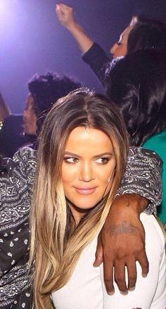 Khloe kardashians ombré look