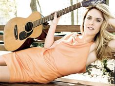 "Liz Phair- ""Why Can't I"""