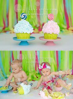 Twins cake smash - awww http://www.mysweetindulgence.com/ http://www.heidihope.com/index2.php