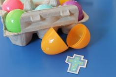 simple resurrection eggs for toddlers... LOVE this!