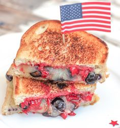 What better way to celebrate the 4th of July then with this super-cheesy, extra gooey, grilled cheese sandwich. I mean, it's all in the name of freedom. So it is okay, right? America...f*ck yeah!