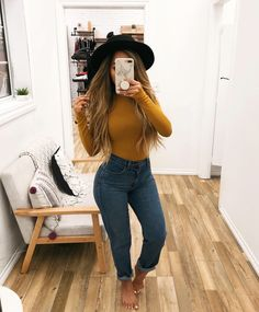 Swans Style is the top online fashion store for women. Shop sexy club dresses, jeans, shoes, bodysuits, skirts and more. Outfits With Hats, Casual Fall Outfits, Fall Winter Outfits, Stylish Outfits, Spring Outfits, Jean Outfits, Cute Outfits, Fashion Outfits, Casual Date Night Outfit