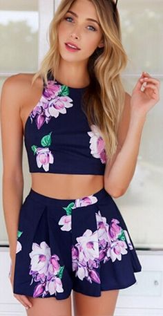 5e42c9c04e9 Stylish Lady Sexy Women s Floral Printed Pants Set Casual Halter  Off-shoulder Backless Crop Tops and Shorts