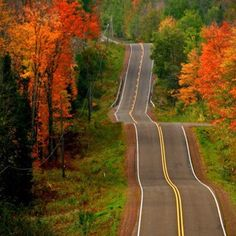 Let's take the long way home-Road Trip in the country! Beautiful Roads, Beautiful World, Beautiful Places, Beautiful Pictures, Beautiful Scenery, Wisconsin, Michigan, Long Way Home, All Nature