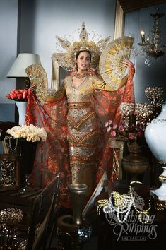 LOOK: The Bb Pilipinas 2017 candidates in stunning national costumes Modern Filipiniana Gown, Filipino Culture, Filipino Art, Filipino Fashion, Filipina Beauty, Batik Fashion, Pageant Gowns, Royal Fashion, Costumes For Women
