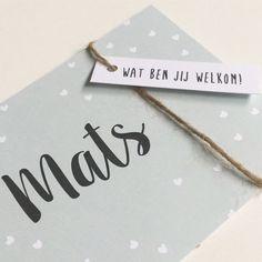 Lief geboortekaartje met labeltje. www.zojoann.nl