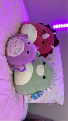 Kawaii Plush, Cute Plush, Cute Squishies, Cute Bedroom Ideas, Indie Room, Cute Stuffed Animals, Home Room Design, Room Tour, Animal Pillows