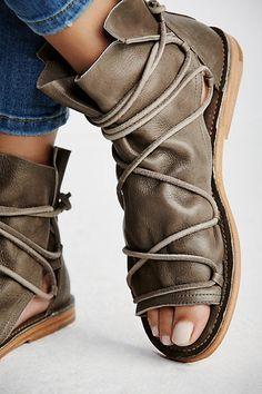 81afeb4e4a Slide View 5: Lavery Boot Sandal Őszi Divat, Cipők, Női Ruhák, Táskák