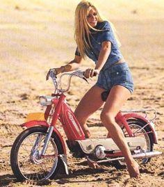 Girls on mopeds