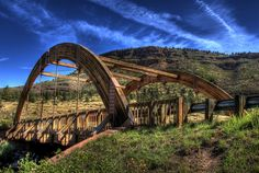 The Apple Valley Road Bridge in Lyons, Colorado. | 14 Of The Most Beautiful Roads In The World