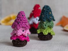 Small Crochet Christmas Tree – a free pattern