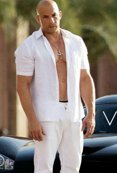 Vin Diesel Age, Bio, Body Stats, Wife & More - Famous World Stars Vin Diesel Shirtless, Hottest Male Celebrities, Celebs, Dominic Toretto, Ideal Man, Fast And Furious, Gorgeous Men, Beautiful, Black Men