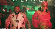 Rihanna flashes nipples in DJ Khaled's Wild Thoughts #dailymail