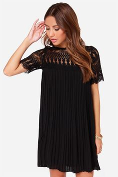 I can't, I've so obsessed with this little dress.. it's so beautiful!