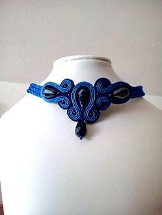 70 LEI | Coliere handmade | Cumpara online cu livrare nationala, din Buftea. Mai multe Bijuterii in magazinul enecon pe Breslo. Soutache Jewelry, Lei, Chokers, Model, Scale Model, Models, Template, Pattern
