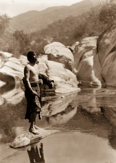 Fascinating Photographs Show Indigenous American Life From 100 Years Ago   Spirit Science