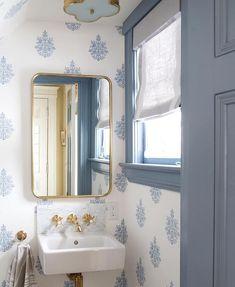 Jess Lavers Design (@jesslavers) • Instagram photos and videos Luxury Bathroom Vanities, Bathroom Design Luxury, Chic Bathrooms, Luxury Bathrooms, Cottage Bathrooms, Small Bathrooms, Dream Bathrooms, Beautiful Bathrooms, Bathroom Wallpaper Trends