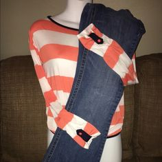 Womens Bundle A two piece womens bundle that includes a pair of Rue21 jeans in a size 5/6 with a 32 inch inseam standard blue jean color and a long sleeve rayon/polyester blend size small shirt which is orange and white striped and navy blue trimmed from the company Blue Rain both pieces are in excellent condition from a smoke free house Rue21/BlueRain  Other