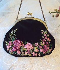 """Gallery.ru / Бархатная сумочка """"Розы, розы..."""" - Мои сумочки - Irina-mist"""