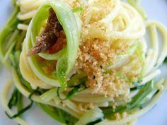 International Recipes, Spaghetti, Italian Recipes, Cabbage, Favorite Recipes, Good Things, Chicken, Vegetables, Aglio Olio