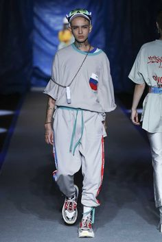 918fb30365d INXX Spring-Summer 2018 - Shanghai Fashion Week