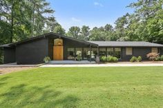 Take a look at this crucial photo in order to visit the provided info on Modular Home Remodel Ranch Exterior, Modern Farmhouse Exterior, Mid Century Ranch, Mid Century House, Pavillion, House Makeovers, Mid Century Exterior, Mcm House, Modern Ranch