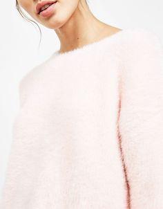 Bershka Serbia - Furry sweater, RSD2,990