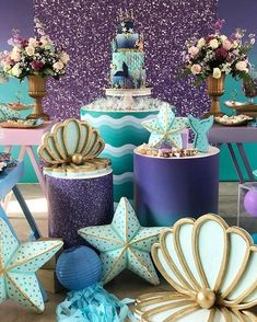 Rich Mermaid Party Of Beautiful Details, de # asociación # decoración # sirena # sirena - Mundo Da Decoración Mermaid Theme Birthday, Little Mermaid Birthday, Little Mermaid Parties, Girl Birthday, Mermaid Party Decorations, Birthday Party Decorations, Mermaid Baby Showers, Creation Deco, Shower Party
