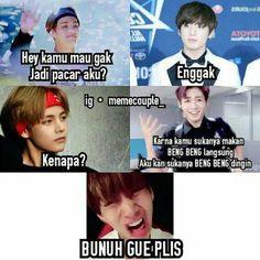 Boy Meme, V Bts Wallpaper, Memes Funny Faces, Me Too Meme, Funny Moments, Taekook, Fangirl, Haha, Jokes