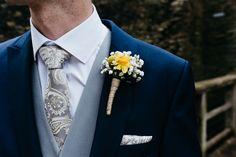 Daffodil Gypsophila Buttonhole Groom Creative DIY Yellow Wedding http://elainewilliamsphoto.com/