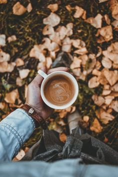 Coffee Shop Photography, Breakfast Photography, Flat Lay Photography, Autumn Photography, Outdoor Photography, Autumn Tea, Autumn Coffee, Coffee Shot, I Love Coffee