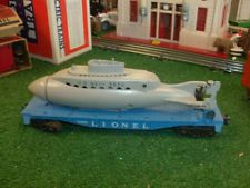 LIONEL TRAINS POSTWAR NO.3330 FLATCAR WITH 3830 OPERATING SUBMARINE- VERY NICE