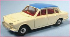 DINKY TOYS TRIUMPH 2000 SALOON from 118 GIFT SET nice gift set version